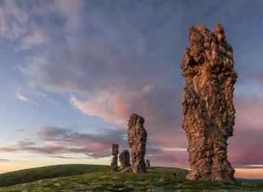 Чудо России: вертолетный тур на плато Маньпупунёр